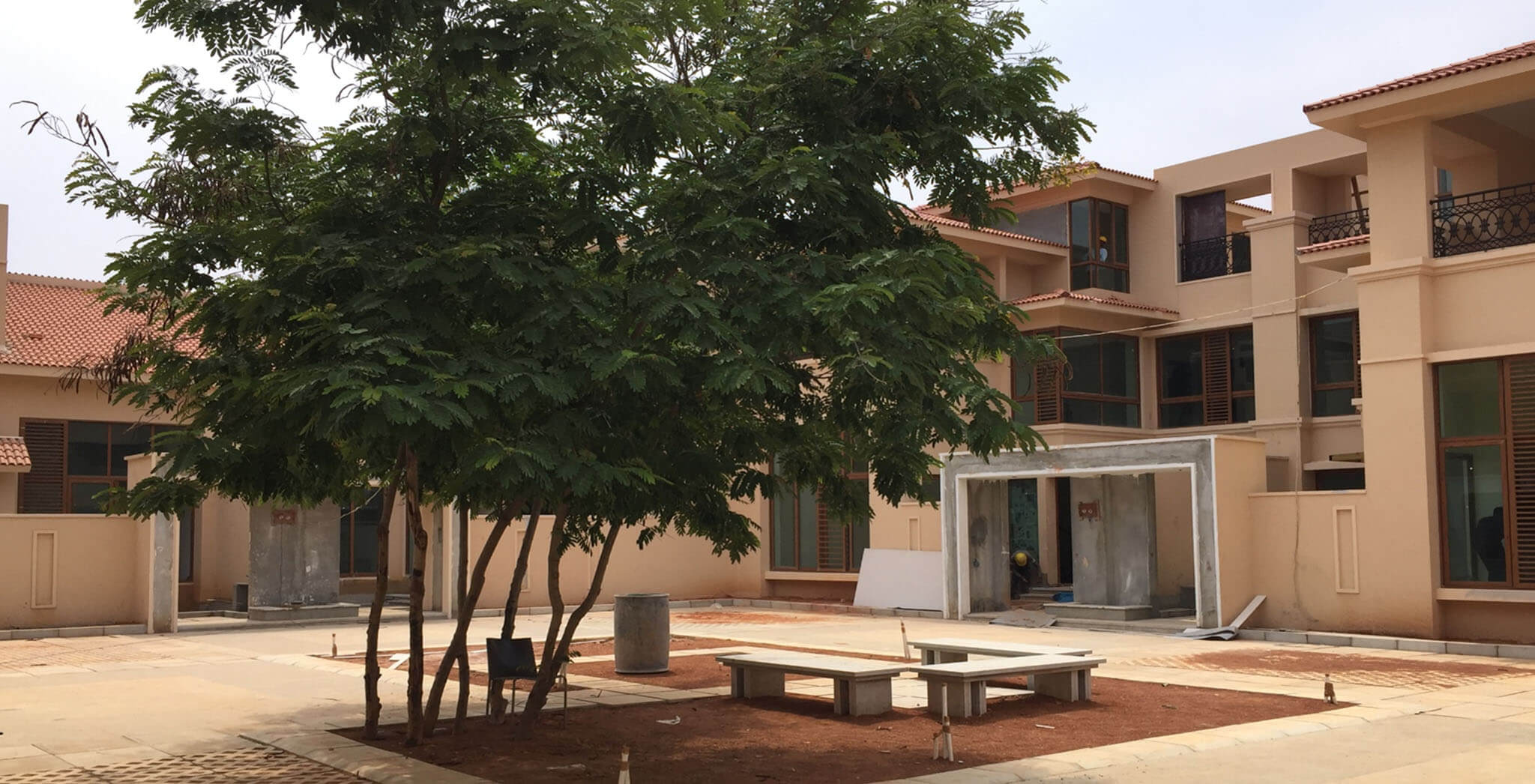 Apr 2019 - B-cluster: External Hard finishing works completed