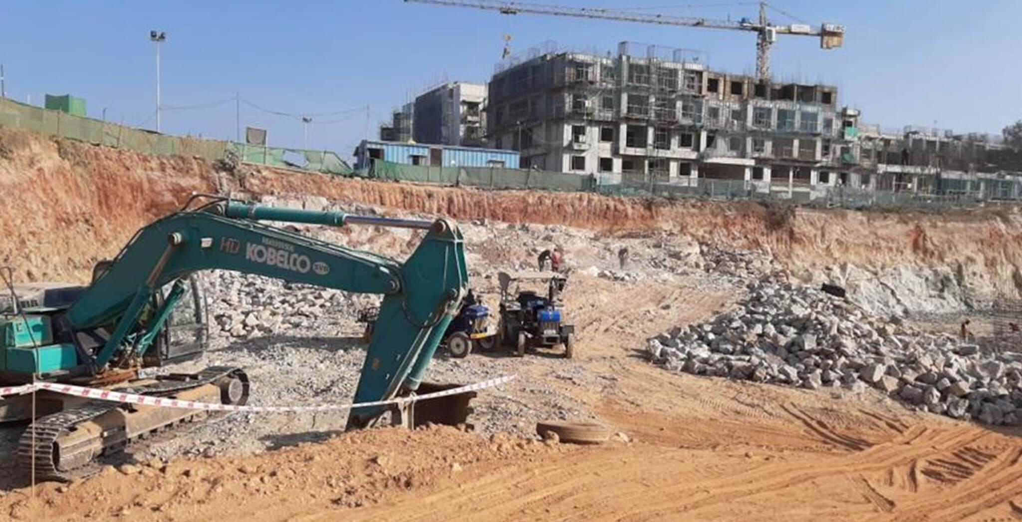 Jan 2020 - C&H Blocks: Exacavation work-in-progress