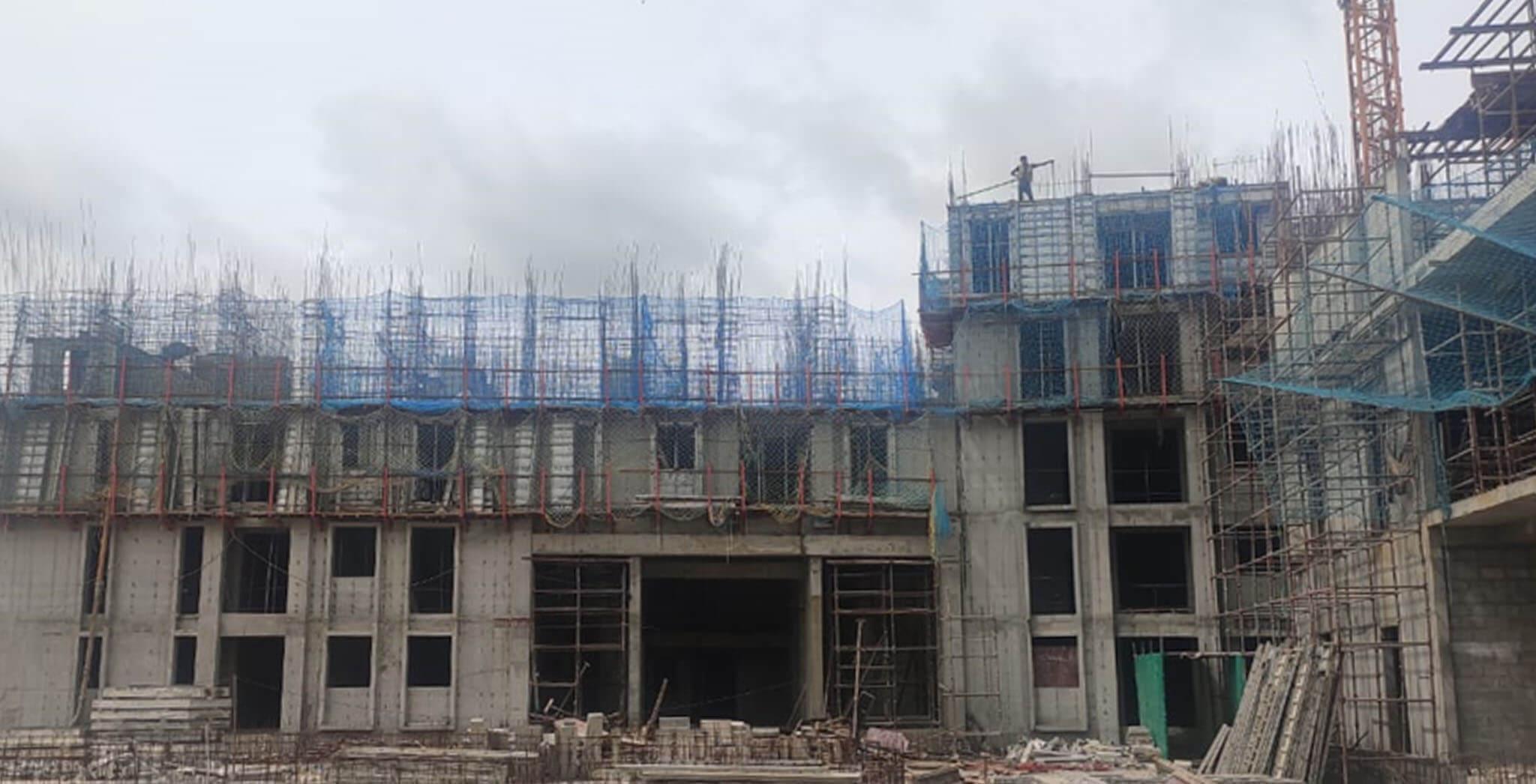 Jul 2020 - Eden: Tower E—Part of 4th and 5th floor slab work under progress.