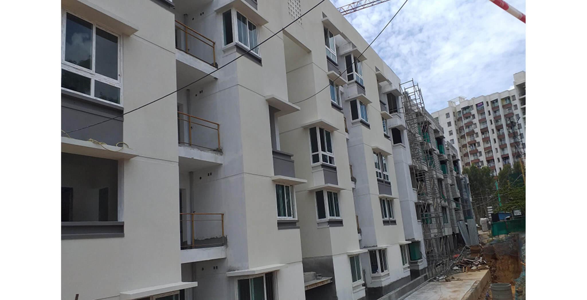 Jun 2021 - South side block E: External texture painting work-in-progress
