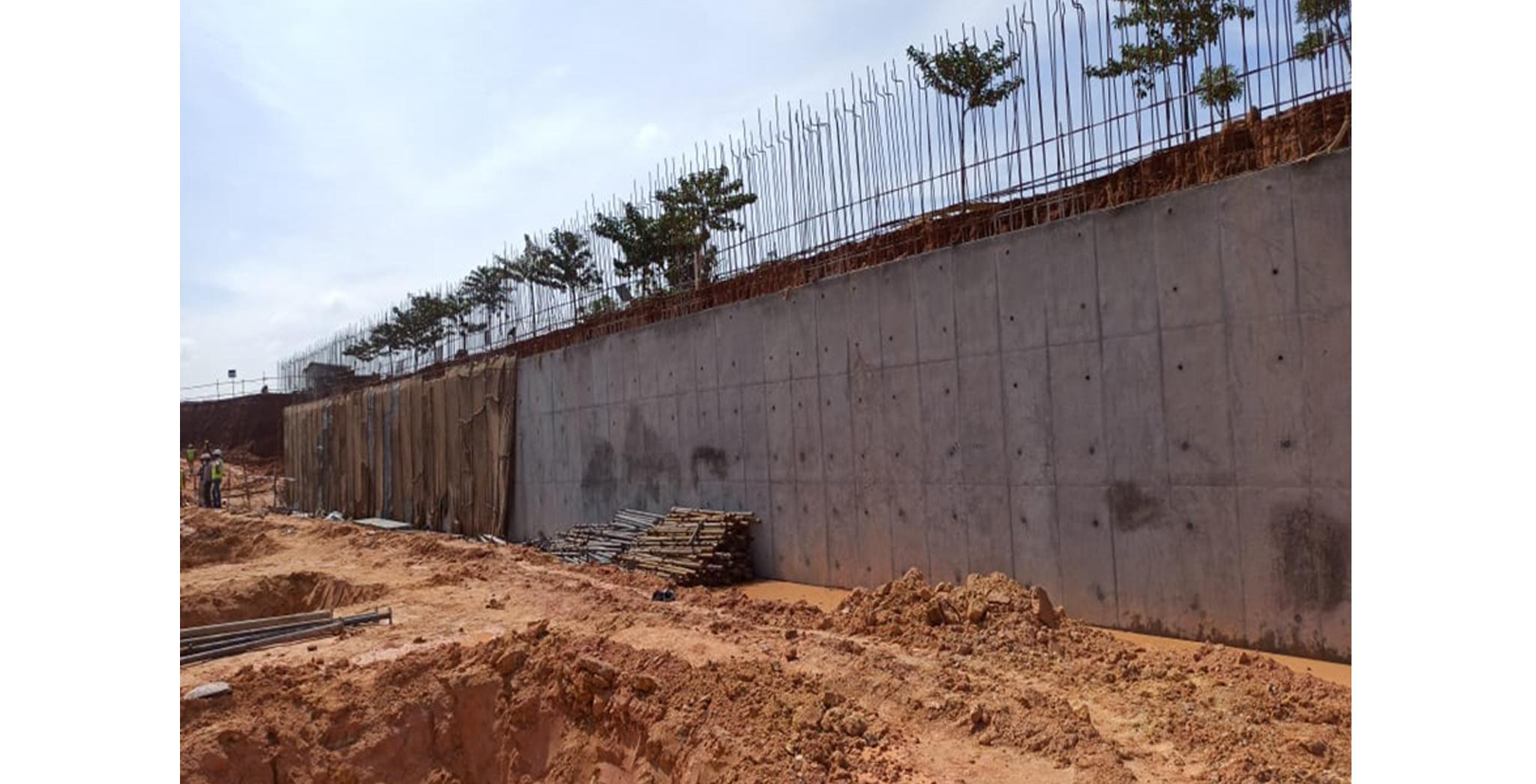 Aug 2021 - Krypton Block: Retaining wall towards south side in progress